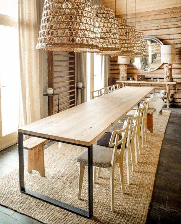 exemple de grandes tables à manger avec plateau en bois et des pieds intrépide