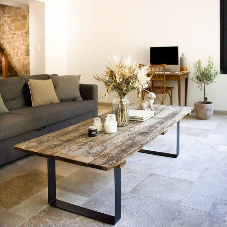idée table basse en bois avec pieds en acier
