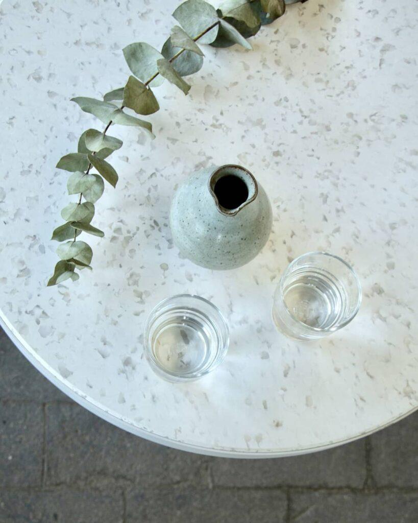 Idée de table avec plateau recyclé